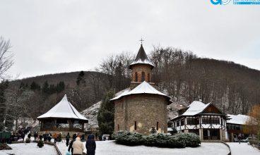 Mănăstirea Prislop, oază de liniște la sfârșit de an