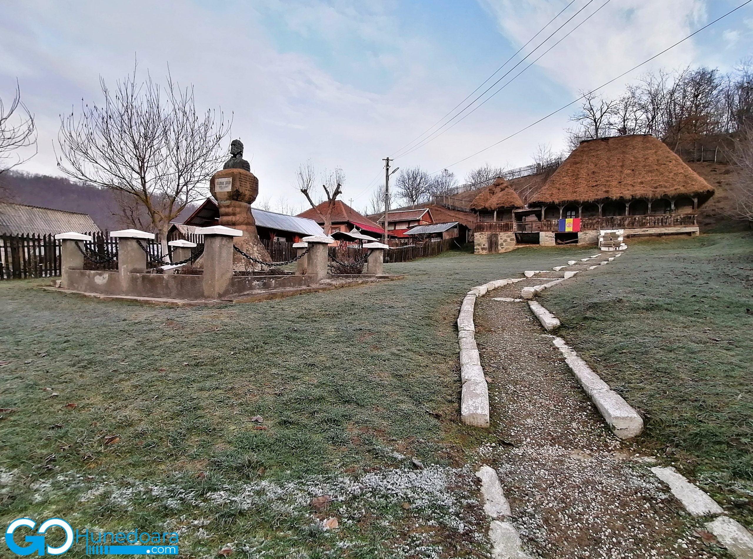 Casa memorială Crișan, din comuna Ribița