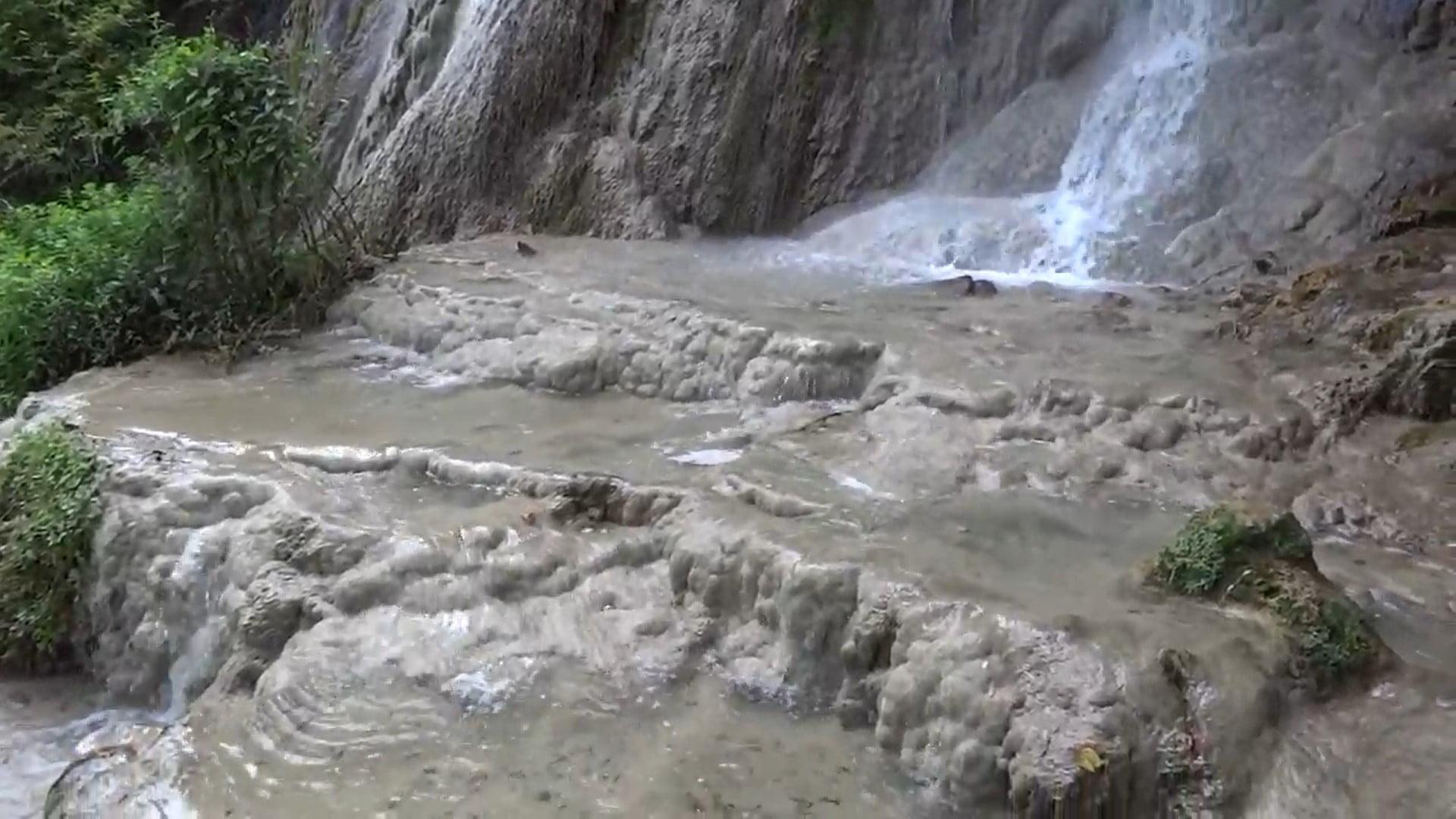 Cascada Clocota din Geoagiu Băi