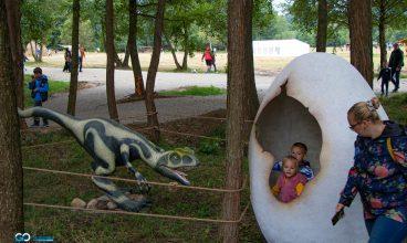 Număr impresionant de vizitatori la deschiderea Dinosaur World Transilvania. Urmează noi investiții în fiecare lună
